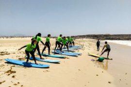 Immersion jeune Malaga activité surf