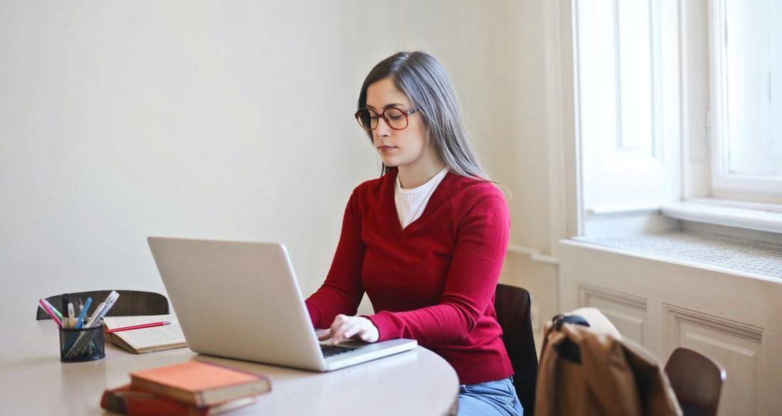 Séjour linguistique Jeune Anglais en ligne pour étudiant France
